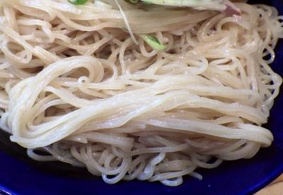 大阪麺哲 盛り(2016年)(麺のアップ)