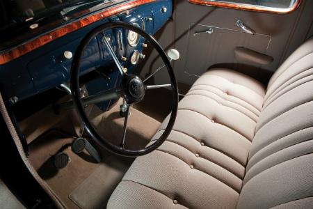 lincoln-zephyr-sedan_654x436_Jan-12-2012_22_25_11_253796.jpg