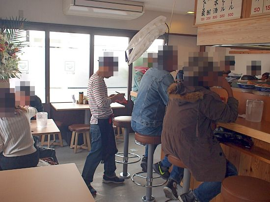 s-ラーの音店内PC240143