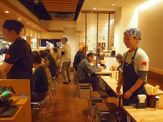 s-とら食堂店内PC270244