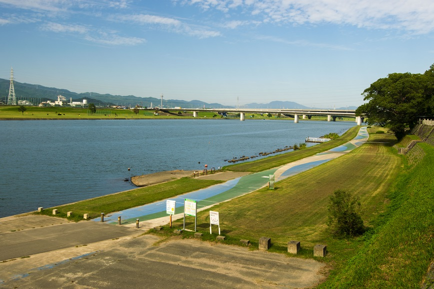 水天宮のそばにある筑後川