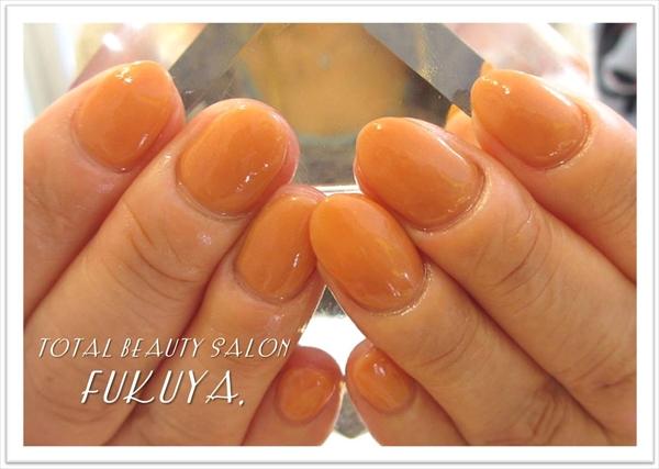 秋らしいシアーなオレンジのワンカラー(*'▽')