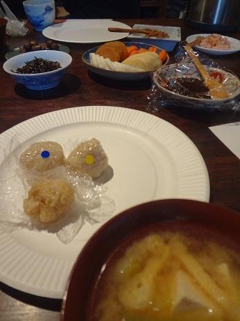 お味噌汁とお菜