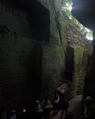 採石場跡のジオツアー