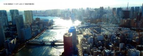 聖路加タワーから築地市場を俯瞰する