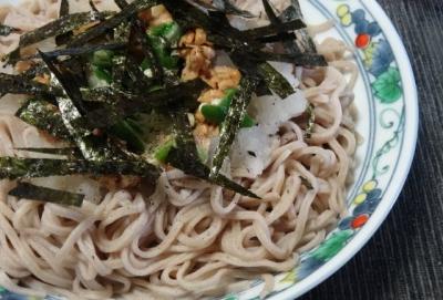 おろし納豆オクラ蕎麦 海苔トッピング
