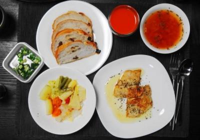 舌平目と野菜のカフェっぽいディナー