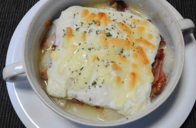 山芋とベーコンのチーズグラタン