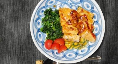 鶏胸肉のガーリックステーキ