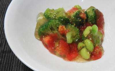 ブロッコリーと枝豆、トマトのジュレ