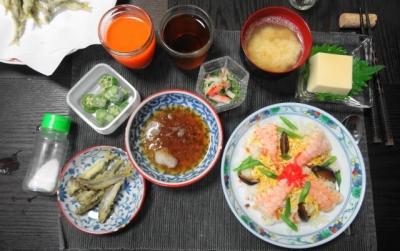 小鮎の天ぷら、海老ちらし 御膳