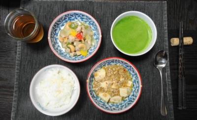 四川料理 二品の夕食