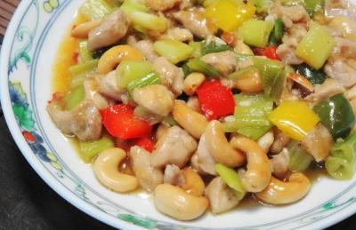 鶏のカシューナッツ炒めUP