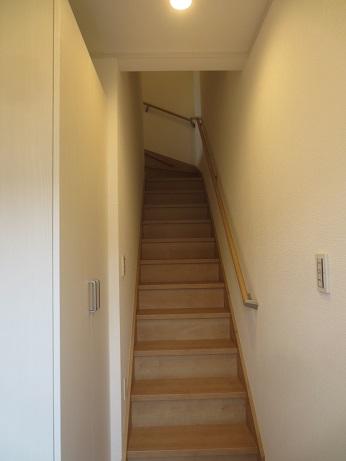 調布ファミリー階段