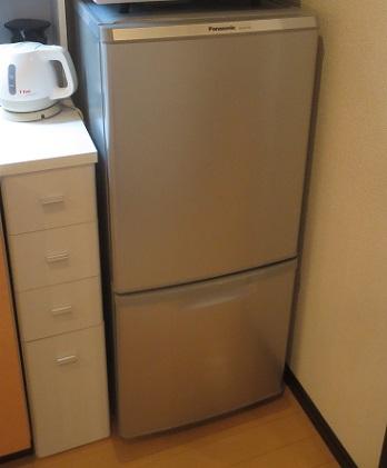 冷蔵庫下アクリル板