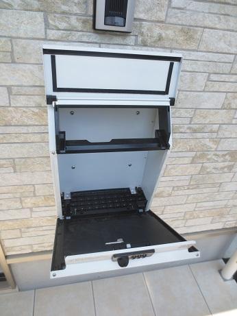 ガレージハウス郵便箱