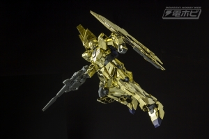 HGUC ユニコーンガンダム3号機 フェネクス(ユニコーンモード)ゴールドコーティングVer. 02