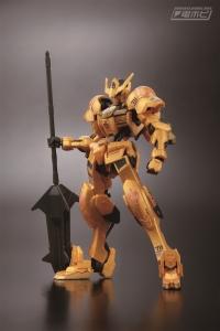HG ガンダムバルバトス ゴールドインジェクションカラー01