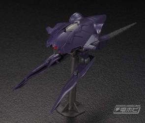 HG 大型機動兵器004