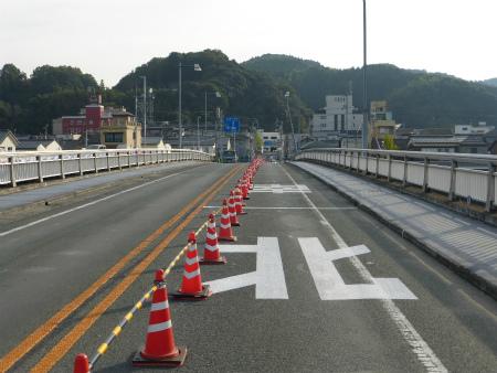 肱川橋18