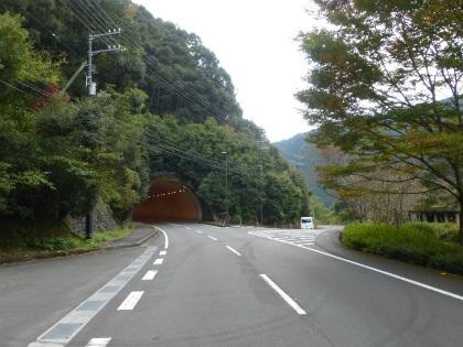 久保川トンネル02