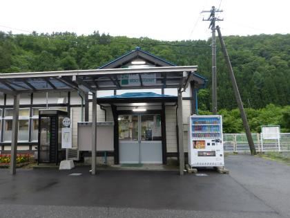 茂市駅02