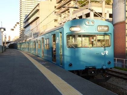 和田岬線04