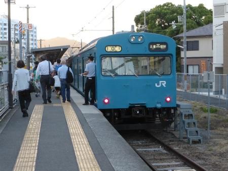 和田岬線08