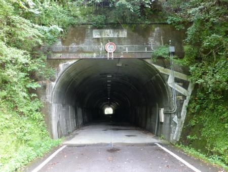 山伏トンネル04