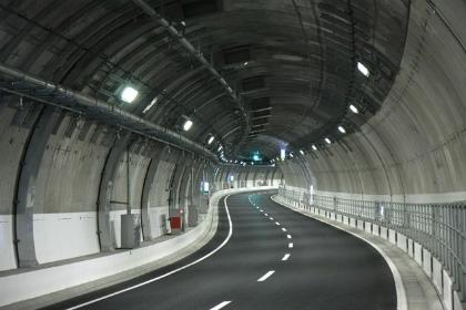 山手トンネル06