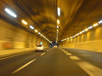 山手トンネル18