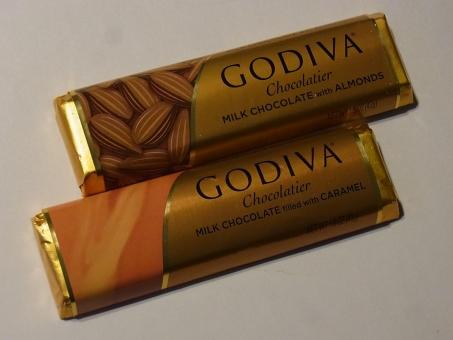 GODIVA (9)