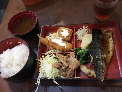 160302居酒屋北野2号店煮魚定食500円