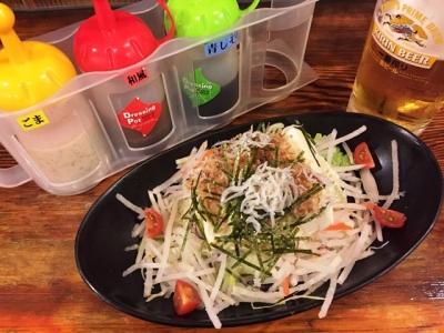 160322美濃路名駅店豆腐とジャコのヘルシーサラダ380円と生ビール380円