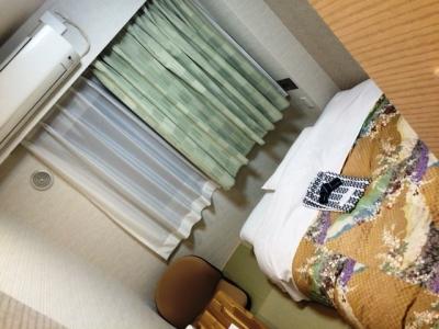 160425住庄ほてるシングル畳の上にベッド