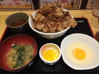 160513脂屋肉八ブッチャー丼ミドル級880円