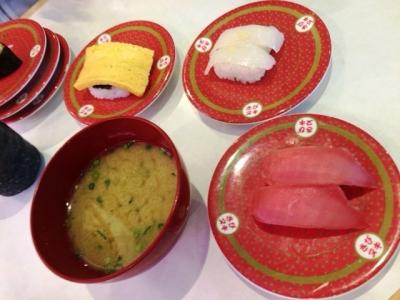 160529はま寿司都島本通店あおさのり味噌汁、マグロ、玉子、真イカ