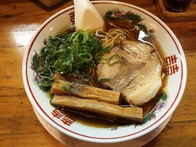 160604金久右衛門梅田店紅(くれない)醤油ラーメン670円