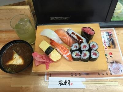 160810裕寿司十三店鉄火にぎり540円赤だし付き