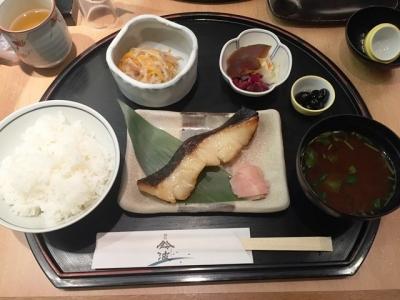160902鈴波エスカ店鈴波定食1296円カラスガレイ