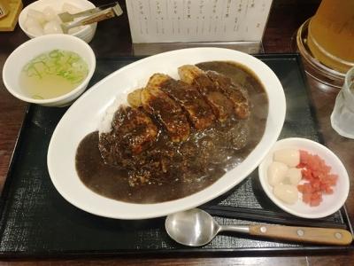 160923肉食堂最後にカツ2号店名物肉カレー黒900円が700円