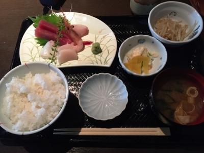 161004桃栗さんねん柿はちねん刺身定食850円
