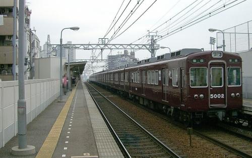 1024px-阪急5000系電車