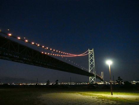 夜の明石海峡大橋♪
