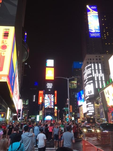 ①NYタイムズスクエア1