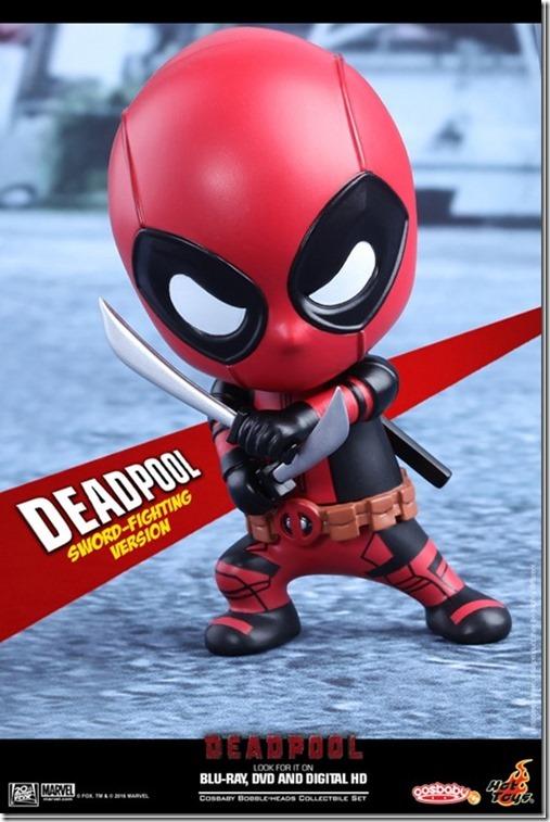 cos_deadpool_swordfight-1[3]