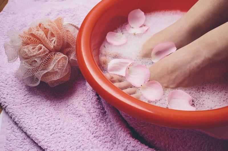 【女性の悩み】冷えからくる頭痛、肩こり、生理痛は体の内側からケアが大切!