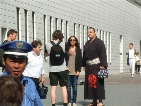 Sumo Wrestler watching ⑫