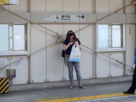 南千住駅の外国人旅行者 ②
