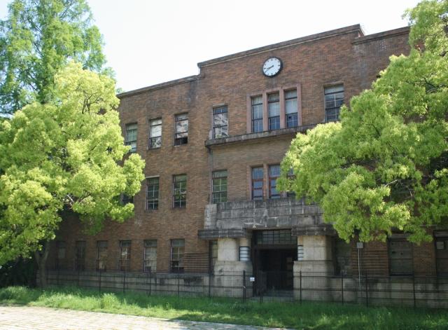 IMG_3312 旧広大校舎(640x471)